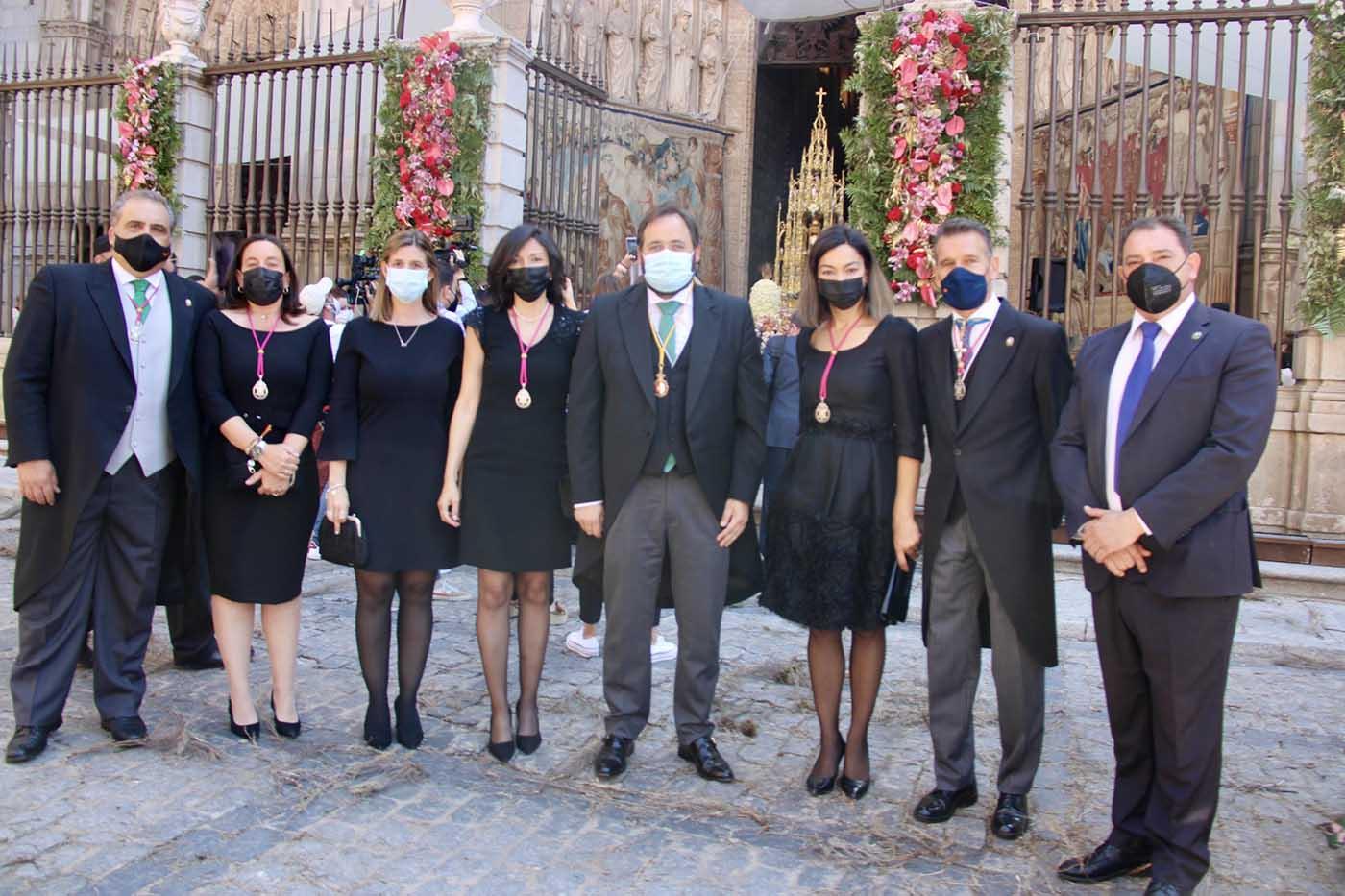 Representantes del PP-CLM y el Ayuntamiento asisten a la misa en la Santa Iglesia Catedral Primada de Toledo